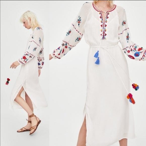 Zara Dresses & Skirts - Zara TRF White Embroidered Tunic Dress - NEW - S